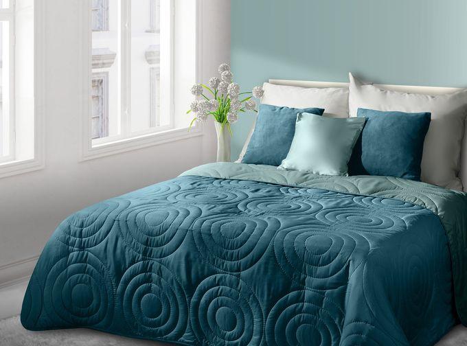Nowoczesna narzuta na łóżko w kolorze turkusowym