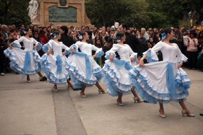 "CULTURA FOLKLORICA ARGENTINA ""Pericón"""", danza folklórica argentina ."