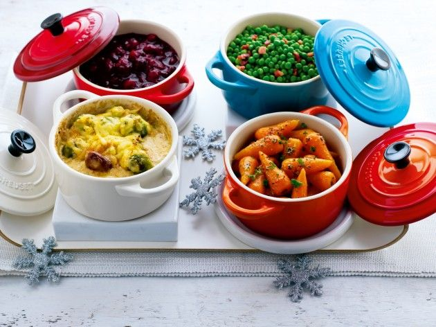 Pair of Le Creuset Mini Cocottes Giveaway