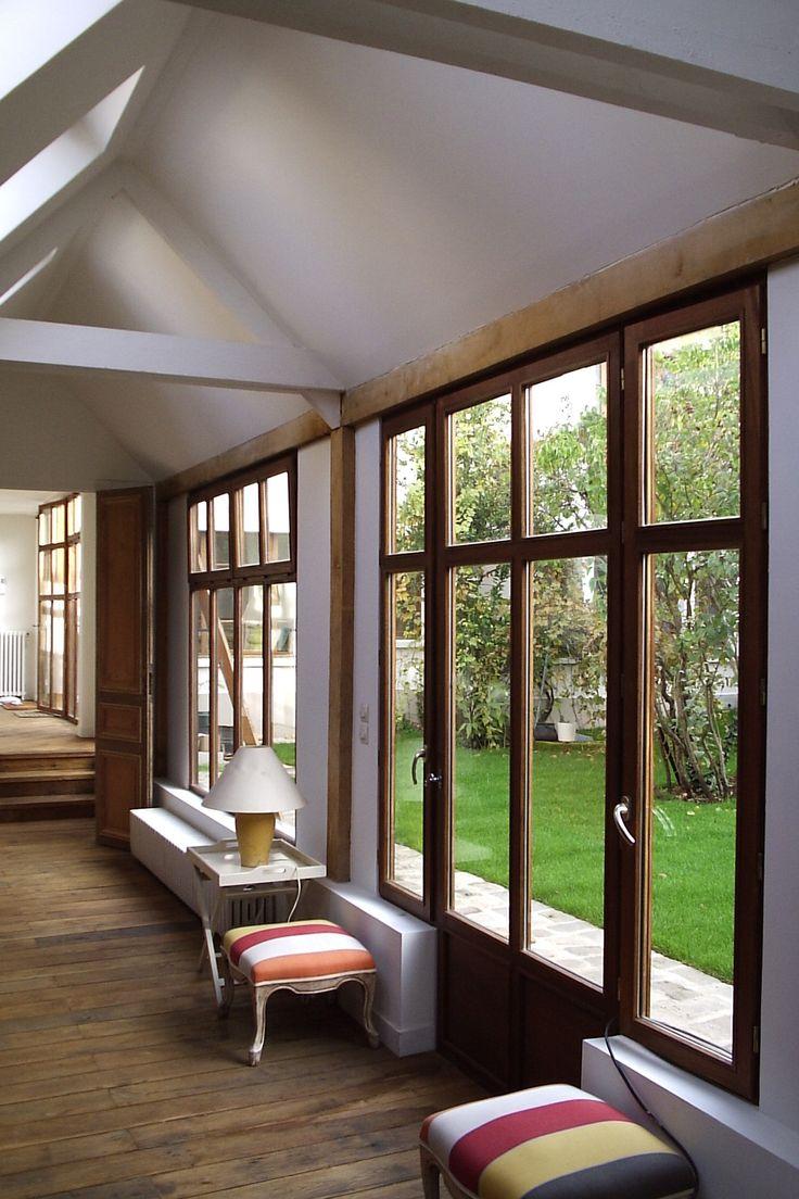 La Fenêtre Française     Finition huilée, lasure ou peinture, le bois répond à toutes vos fantaisies !