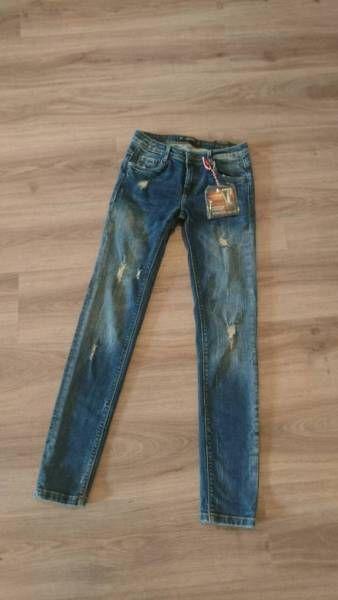 """Neue Zara Denim Jeans """"Classic Straight Fit""""<br />Leichte Waschung auf der Vorder und...,Zara Trafaluc Denim Jeans in Karlsruhe - Karlsruhe"""