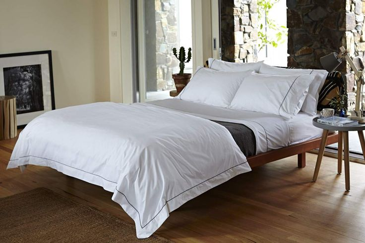The Amalfi quilt cover is sophistication with a fresh subtle detailing of beautifully piped detail and sleek mitred-corners, crafted on 100% Egyptian cotton.