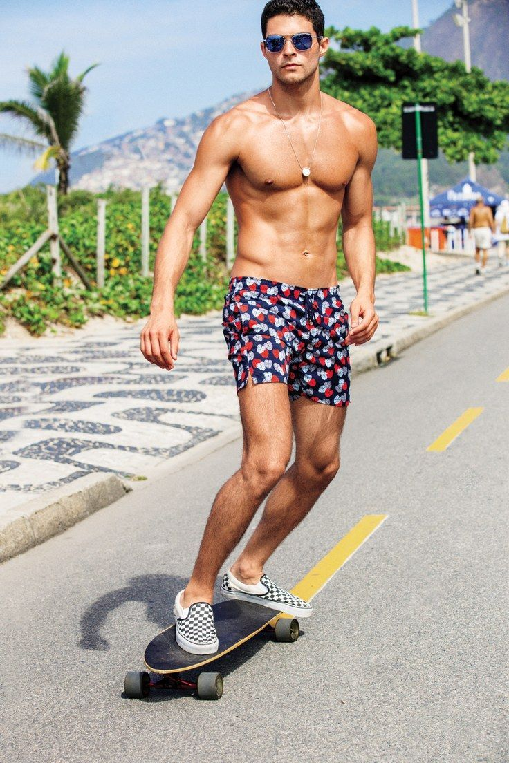How to dress for a day at the beach.