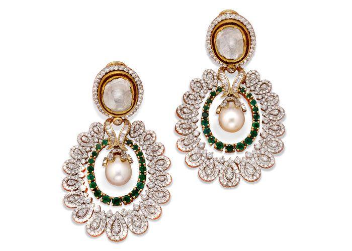 Emerald and Diamonds Earrings