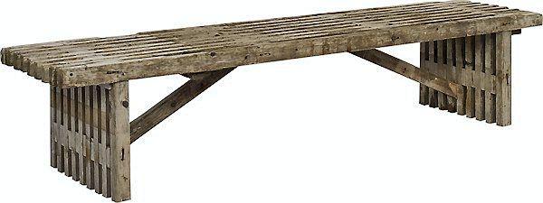 Rustik og unik bænk lavet af kasserede træ-traller fra byggeindustrien, længde 165 eller 220 cm, 799 eller 999 kr. Plus.