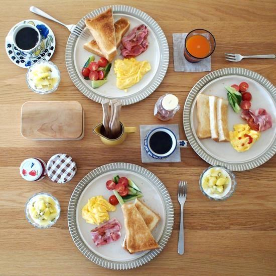 eating かわいい朝食