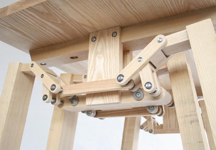 modern mocing legs table design