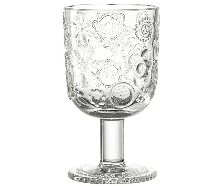Leonardo schickt Ihnen mit Weinglas FIORITA einen zauberhaften Frühlingsboten. Genießen Sie aus dem gläsernen Becher leckeren Wein oder verwenden Sie FIORITA auch als schickes Wasserglas. Die schmucken floralen Elemente sind ein wahrer Eyecatcher und stellen jede weitere Tischdekoration in den Schatten.