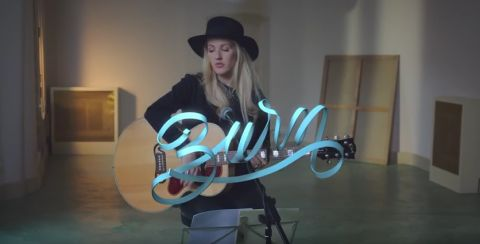 Ellie Goulding Video performance with Amaia Arrazola illustrations.