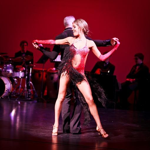 Brad & Andrea Bradshaw dancing a Mambo