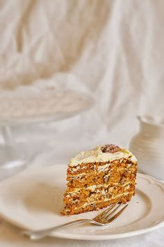 - Американский морковный торт с маком и орехами пекан