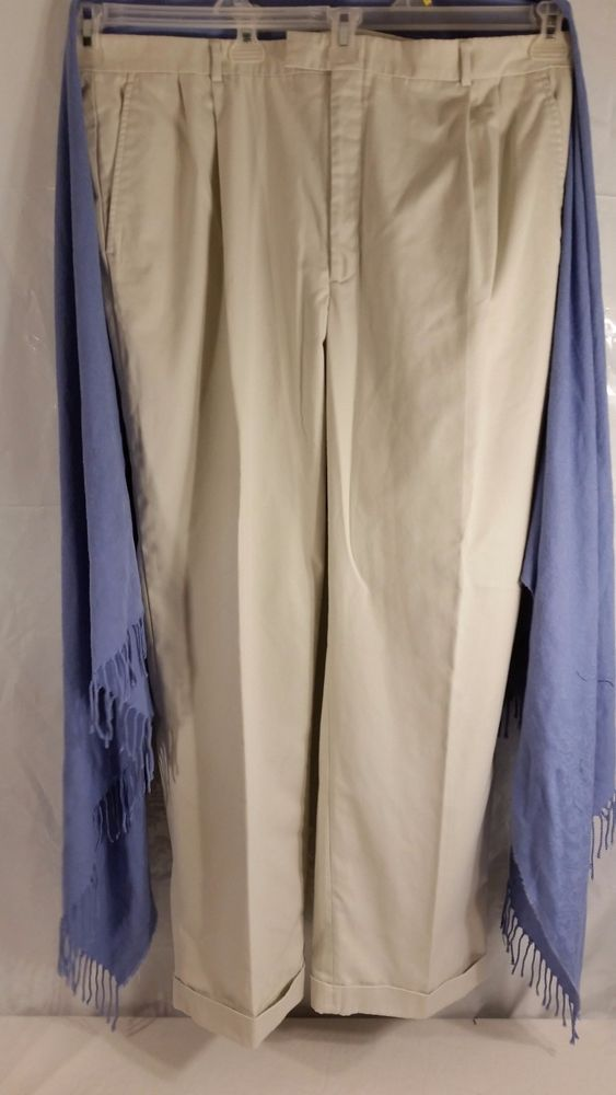 Haggar City Casuals Men's Pants Size 42 x 32 Pleated Front Cuffed Beige  #HaggarCityCasuals #DressPleat