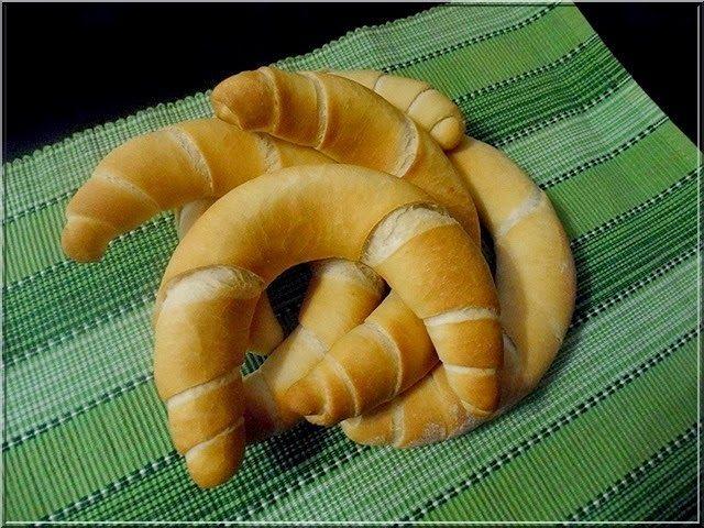 Limara péksége: Aludttejes kifli