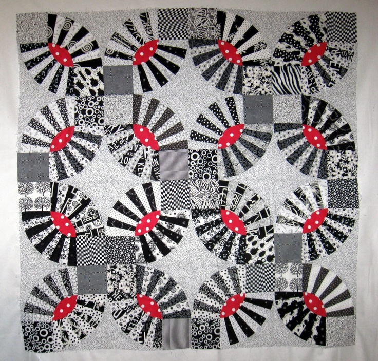 86 best Black and White Quilts images on Pinterest | Modern quilting ...