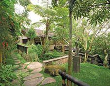 Rumah Kebun Sunaryo: Berawal dari Selembar Kayu