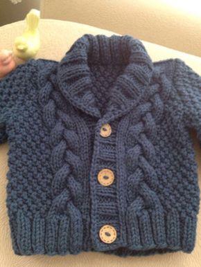 Punto bebé suéter Rebeca bebé de mano de punto por Istanbulknit Aprende más de los bebés en Somos Mamas.