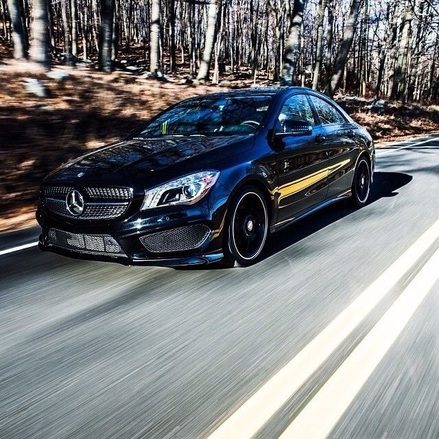 You all enjoyed Autumn in New York in the CLA almost as much as the driver did just a few months ago. Photo c/o @Teymur Madjderey #regram #CLA #CLA250 #instacar #mercedes #benz