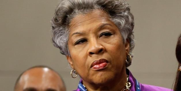 Democrats....Republicans.....all the same....A National Journal review shows that nearly one in five members collects a government pension on top of his or her $174,000 salary. Perfectly legal, this double-dipping amounted to $3.6 million in public retirement funds in 2012. Democratic Rep. Joyce Beatty from Ohio pocketed $253,323 from her pension — with her congressional salary, she earned more than President Obama.