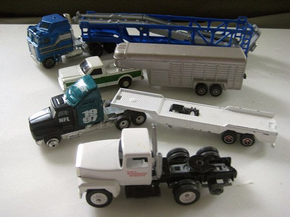 Small Scale Tractor Trailer Car Carrier Yatming Livestock Truck Ertl Nfl Flatbed Semi Truck Majorette Redmer S Car Carrier Tractor Cabs Tractor Trailers