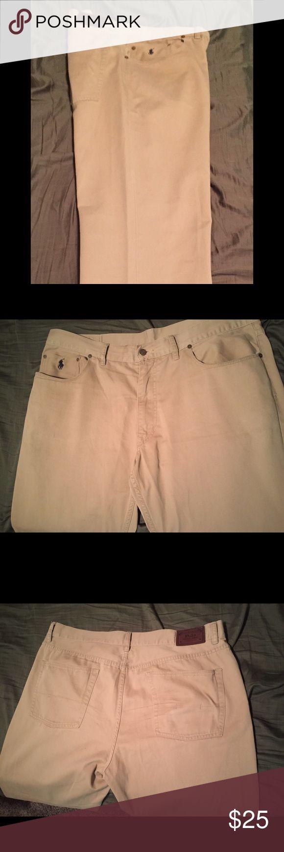 Ralph Lauren Chino Pants Khaki! Ralph Lauren Chino Pants Khaki size 40 waist x 30 inseam Ralph Lauren Pants Chinos & Khakis