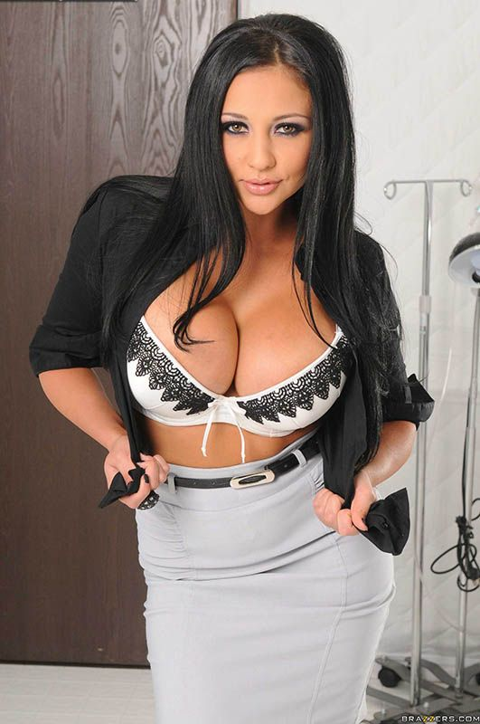 Audrey Bitoni Stripping At The Doctor S Office Bigtits