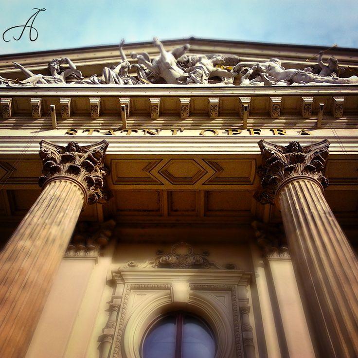 Státní opera Praha | State Opera Prague ve městě Praha, Hlavní město Praha 16. 5. 2015 https://instagram.com/p/2ya4z5MnkE/