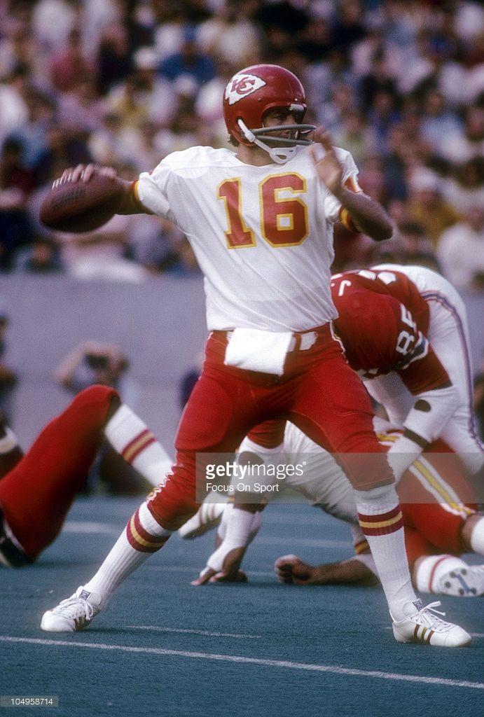 Quarterback Len Dawson #16 of the Kansas City Chiefs