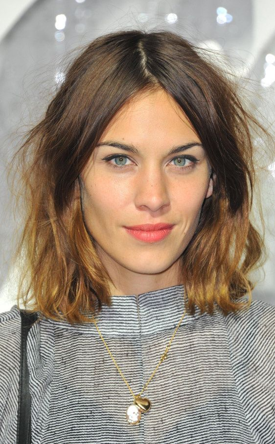 Messy Long Bob [i had no idea this was a style. Apparently forgetting to brush my hair was trendy the whole time]