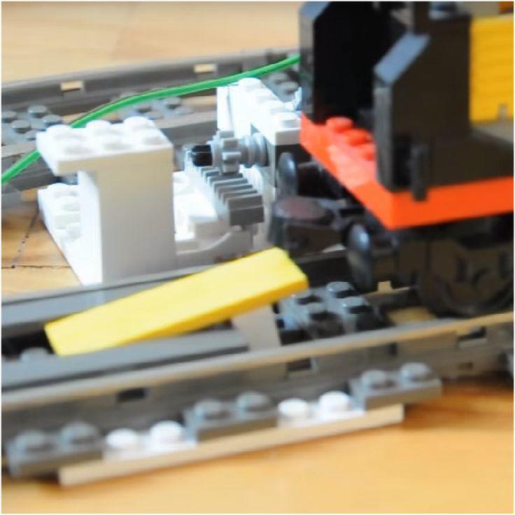 An Arduino & LEGO Train decoupler