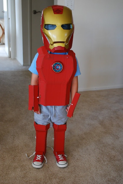 how to make iron man suit out of cardboard