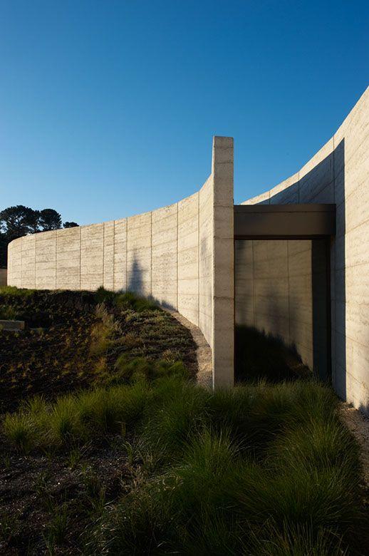 Port Phillip Estate Winery / Wood/Marsh