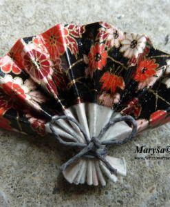 Black fan, origami brooche.