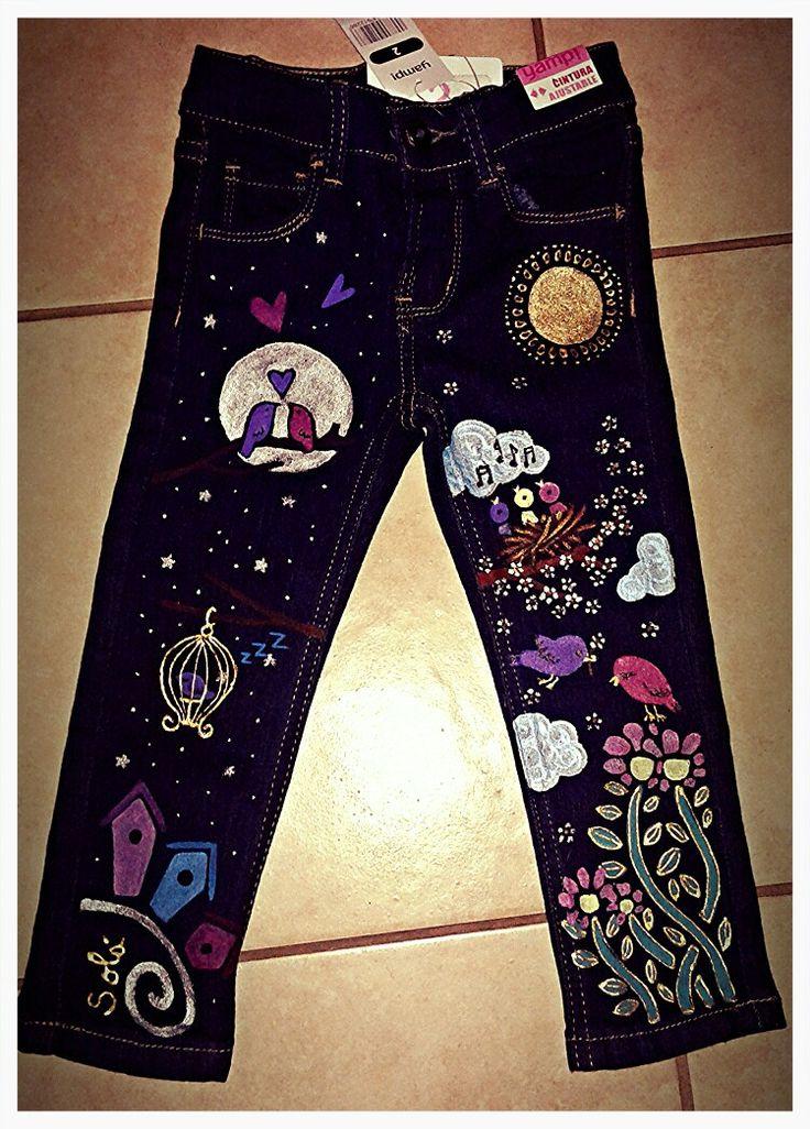 Solá.  Pantalones pintados a mano también para niñas. Todas las tallas.