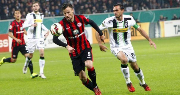 Prediksi skor Borussia M'gladbach vs Frankfurt 29 Oktober 2016 pada pertandingan German Bundesliga yang akan digelar di Stadion im BORUSSIA-PARK