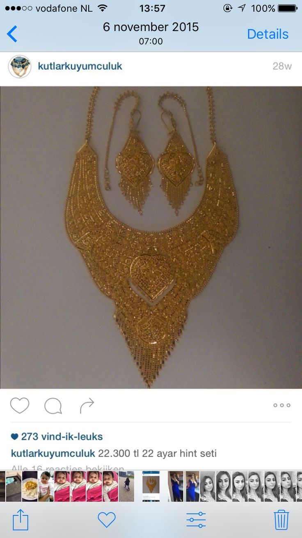 Gouden ketting met oorbellen