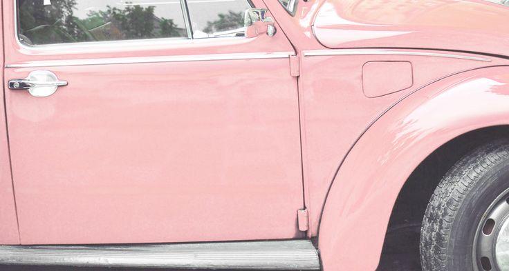 Todas soñamos alguna vez con un auto rosa ♥