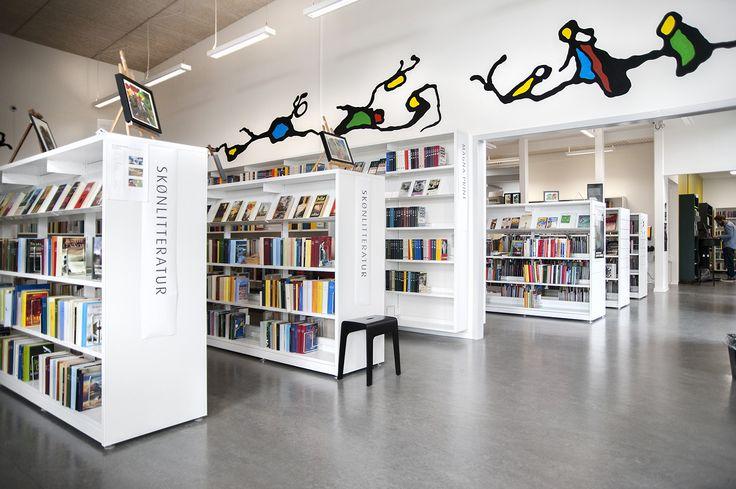 60/30 wandsysteem voor bibliotheekontwerp