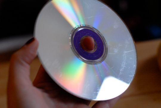 25 unique dvd scratches ideas on pinterest repair scratched dvds fix scratched dvds and fix. Black Bedroom Furniture Sets. Home Design Ideas