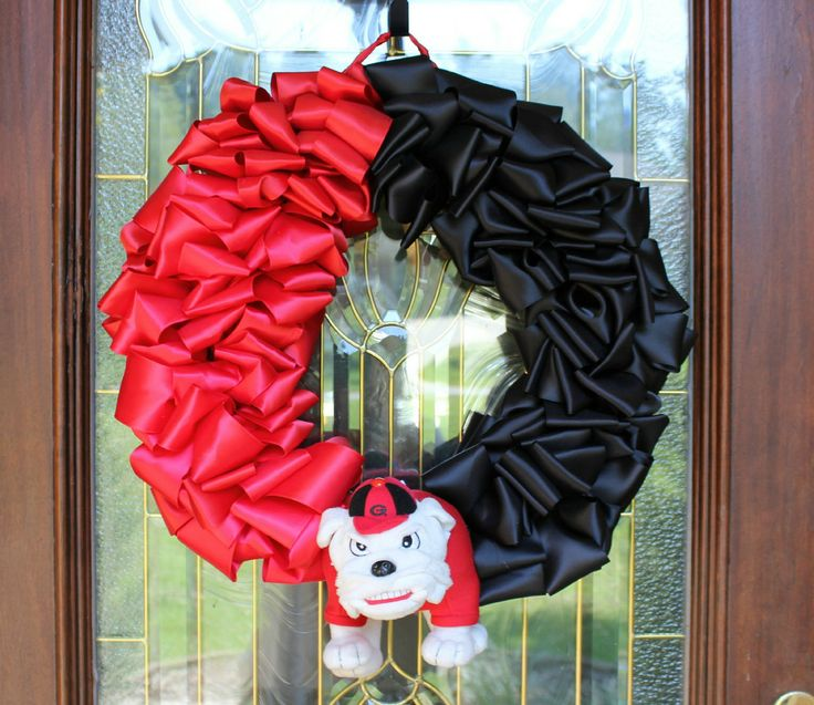 GO DAWGS, Georgia Bulldog Grapevine Wreath, Rec Room Wreath, Georgia  Colors, Bulldog