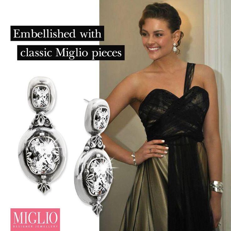 Miss World/South Africa wearing Miglio. Stunning!