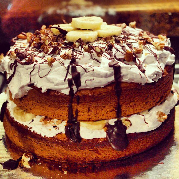 Banana walnut sándwich cake