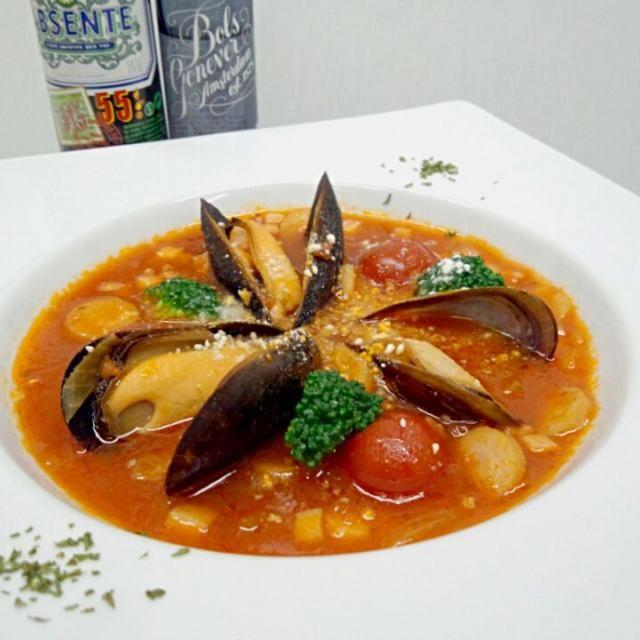 ムール貝の旨味のトマトスープにほんの少しごはんを加えて。スープリゾットとして。 - 158件のもぐもぐ - ム一ル貝と野菜のミネストローネ風スープリゾット by 嶋倉秀一