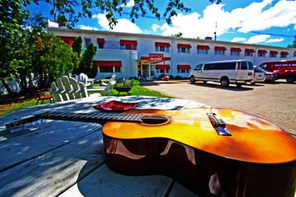 We feature live music on-site at least once a week! photo credit: tyhelbachphotography.com