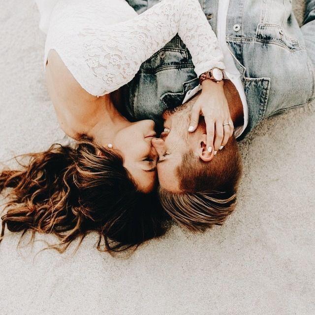 Cuida de mim... Eu sempre vou cuidar, de você também. Nessa caminhada... Estaremos juntos. Amém!... ♥ Sophia Vargas ♥