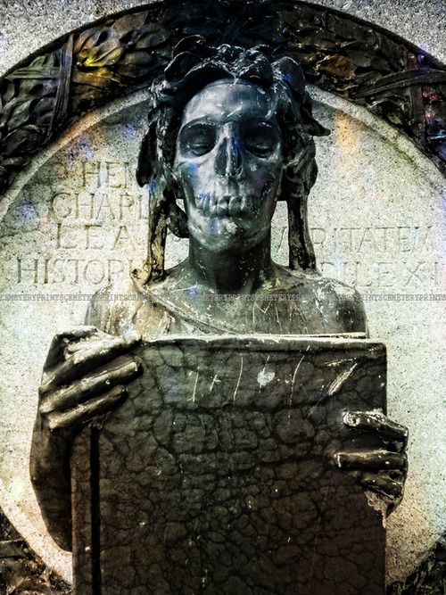 Marker- Skeletal Reminder at the Laurel Hill Cemetery Philadelphia, Pennsylvania. http://www.thefuneralsource.org/cemloc.html