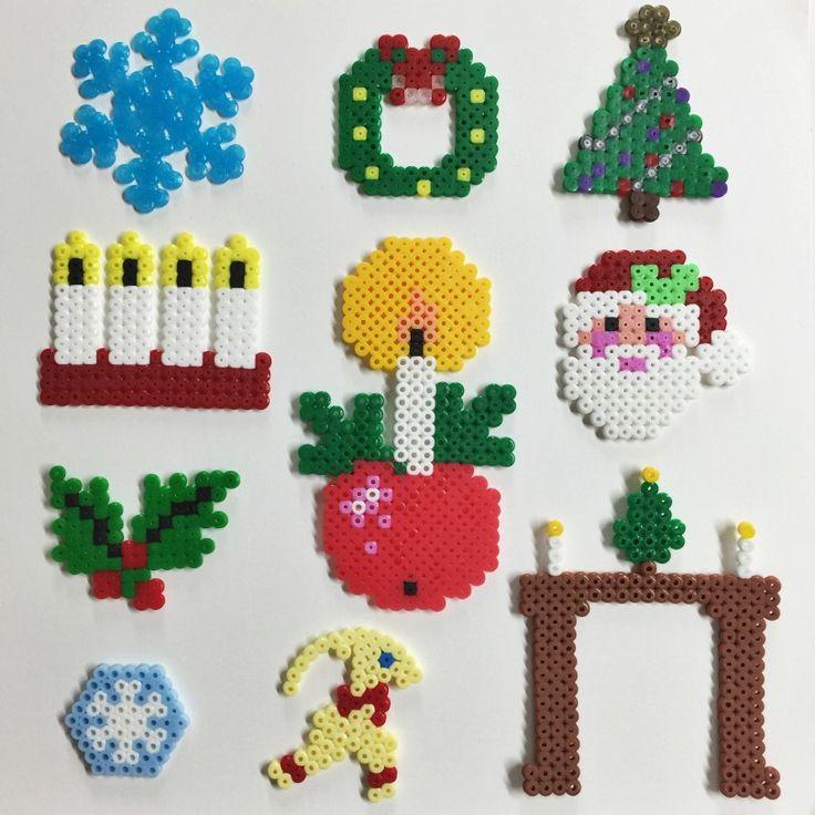 Pärlplatta jul hama-perler-beads-Snöflinga, tomte, julkrans, julgran, adventsljustake, adventsljus och julbock