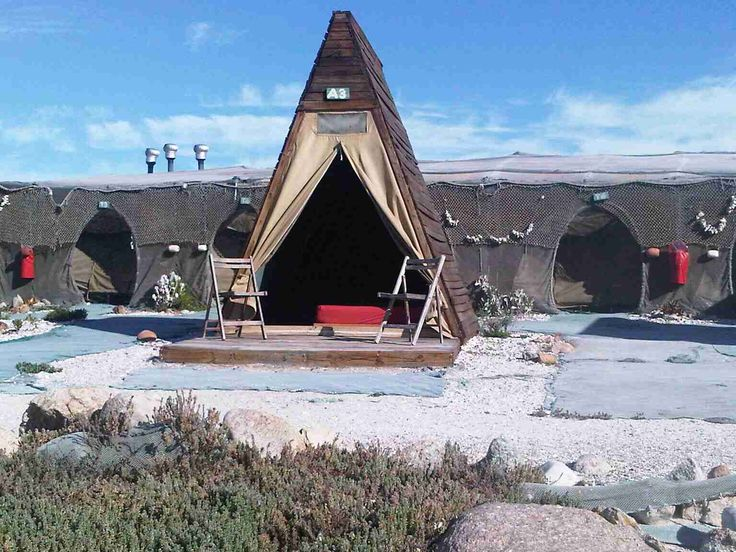 The Beach Camp, Cape West Coast Pensinsula – Paternoster South Africa: Alternative camping accommodation outside the small fishing village of Paternoster in Cape Columbine Nature Reserve on the West Coast of Western Cape.
