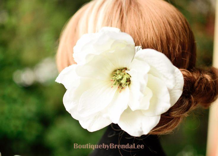 BRENDA LEE white magnolias flower U pins/floral hair accessory 50416 by BoutiquebyBrendaLee on Etsy