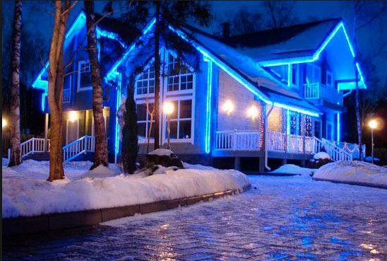 Зачем нужно украшать дом к Новому году снаружи