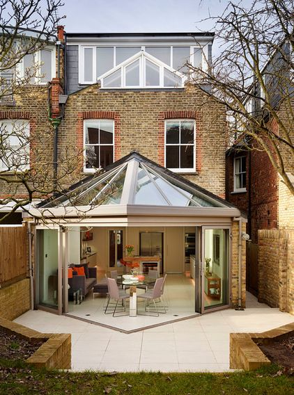 Beautiful extension. Contemporary Exterior by Roundhouse